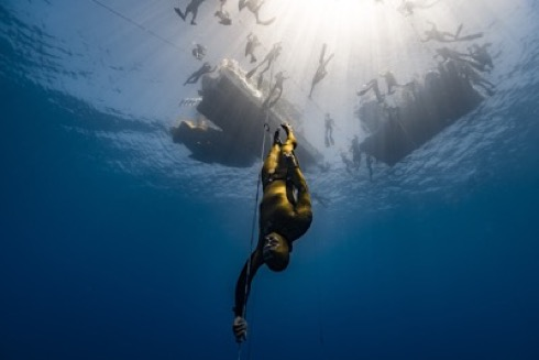 Freediving-Wave 2